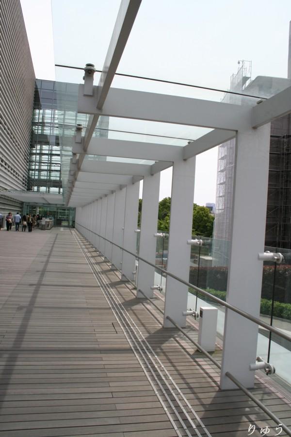 国立新美術館06